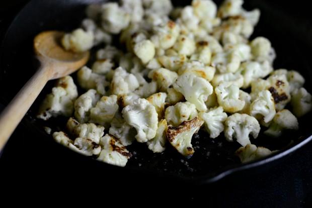 Skillet Parmesan Garlic Cauliflower l SimplyScratch.com (8)