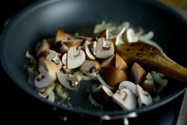 Spinach & Mushroom Ricotta Frittata l SimplyScratch.com (10)