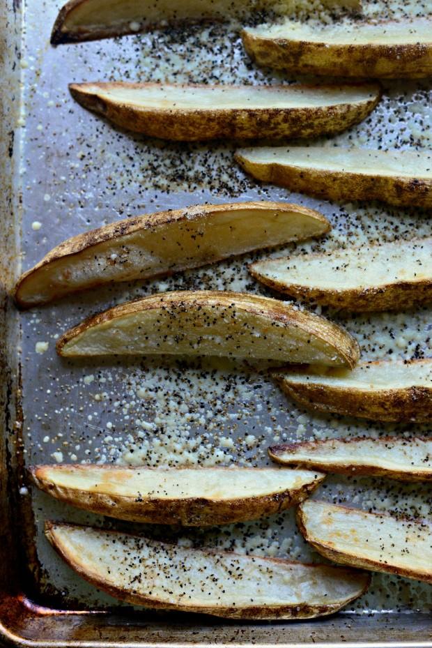 Black Pepper + Parmesan Frico Potato Wedges l SimplyScratch.com (08)
