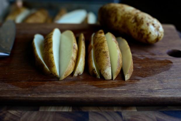 Black Pepper + Parmesan Frico Potato Wedges l SimplyScratch.com (4)