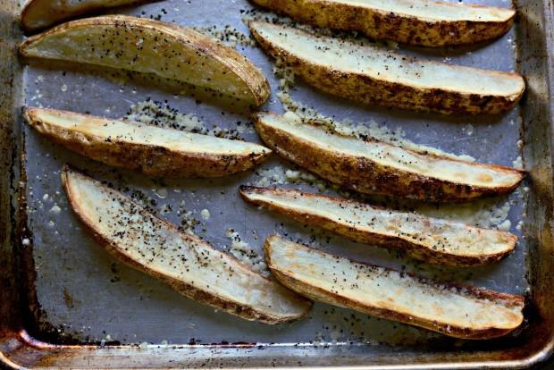 Black Pepper + Parmesan Frico Potato Wedges ll SimplyScratch.com (09)