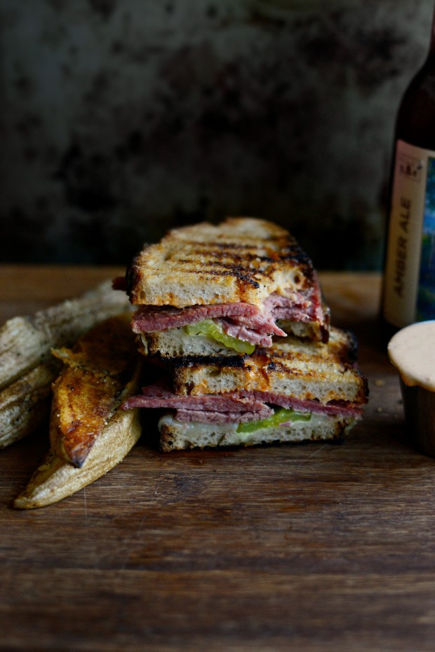 Corned Beef Sandwich with Swiss on Rye Sandwich l SimplyScratch.com
