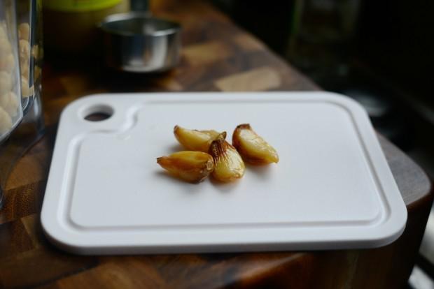 Za'atar + Roasted Garlic Hummus l SimplyScratch.com (5)