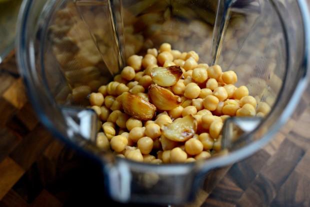 Za'atar + Roasted Garlic Hummus l SimplyScratch.com (7)