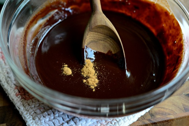 Chocolate Fondue l SimplyScratch.com (10)