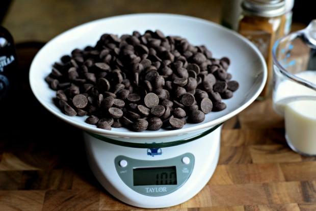 Chocolate Fondue l SimplyScratch.com (4)