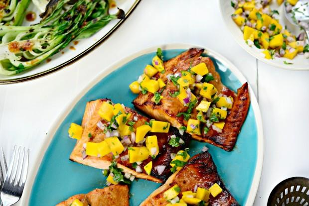 Honey Glazed Salmon + Fresh Mango Salsa (012)