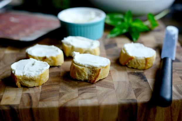 Peach, Prosciutto + Goat Cheese Crostini l SimplyScratch.com (8)