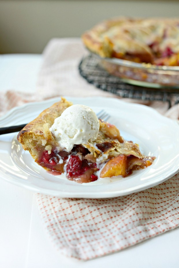 Summer Peach Raspberry Pie l SimplyScratch.com