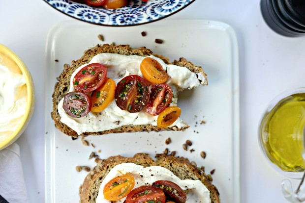 Whipped Feta + Marinated Tomato Toasts l SimplyScratch.com (20)