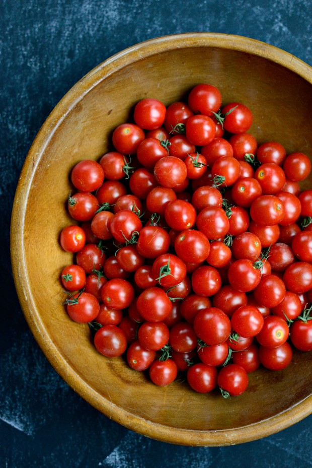 Perciatelli + a 10-minute Fresh Cherry Tomato Sauce (01)
