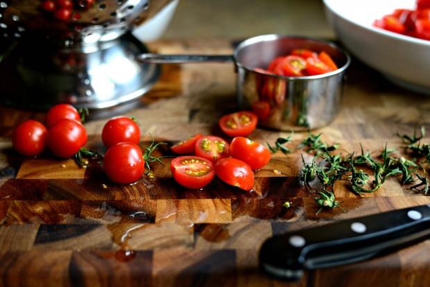 Perciatelli + a 10-minute Fresh Cherry Tomato Sauce (6)