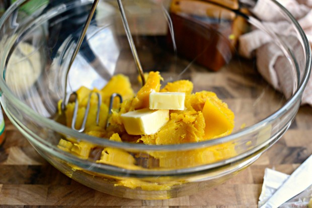 Twice Baked Spinach + Parmesan Acorn Squash l SimplyScratch.com (11)