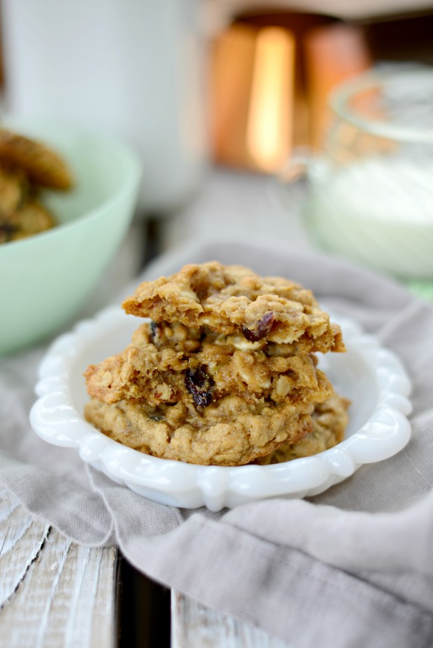 Cranberry White Chocolate & Pecan Oatmeal Cookies l SimplyScratch.com ...
