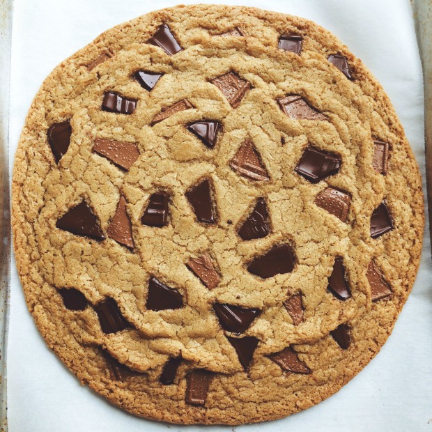 Double Chocolate Chunk Share Cookie l SimplyScratch.com (00)
