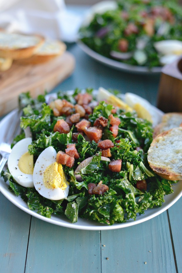 Winter Kale + Crispy Pancetta Salad with Bleu Cheese Toasts (24)