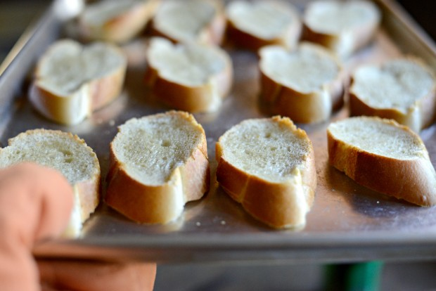 Winter Kale + Crispy Pancetta Salad with Bleu Cheese Toasts l SimplyScratch.com (3)