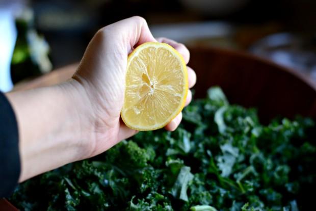 Winter Kale + Crispy Pancetta Salad with Bleu Cheese Toasts l SimplyScratch.com (6)