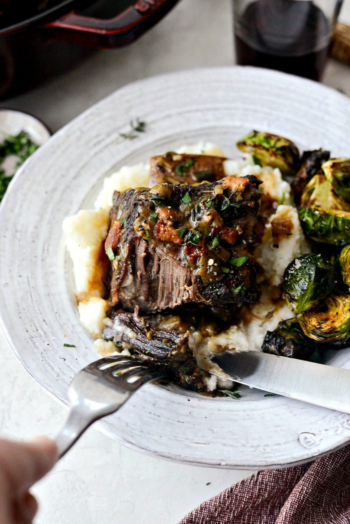Wine Braised Beef Short Ribs l SimplyScratch.com #braised #beef #wine #shortribs #slowcooking #braising #fromscratch