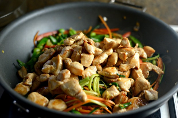 Chicken + Spring Vegetable Soba Noodle Stir-Fry l SimplyScratch.com (7)