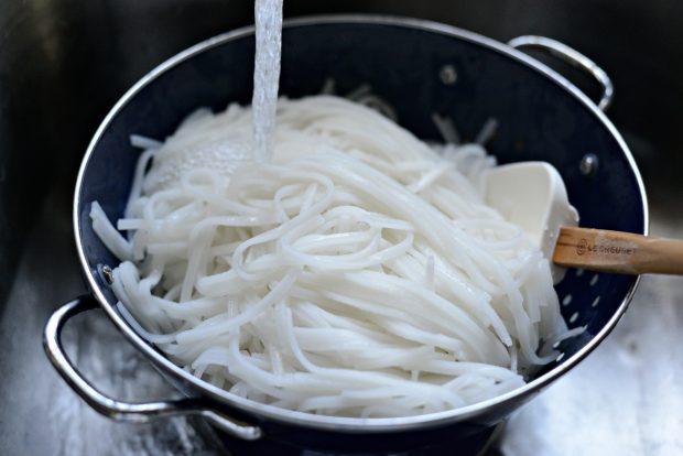 Grilled Shrimp Spring Roll Noodle Bowls l SimplyScratch.com (3)