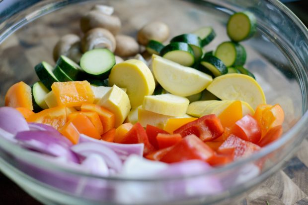 bowl of colorful veggies
