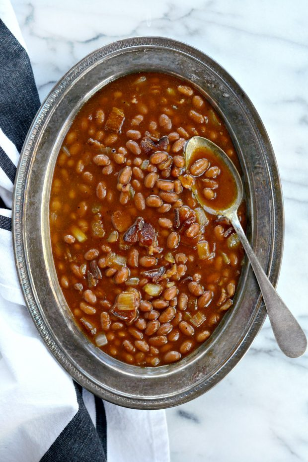 5-Ingredient Barbecue Bacon Baked Beans l SimplyScratch.com (18)