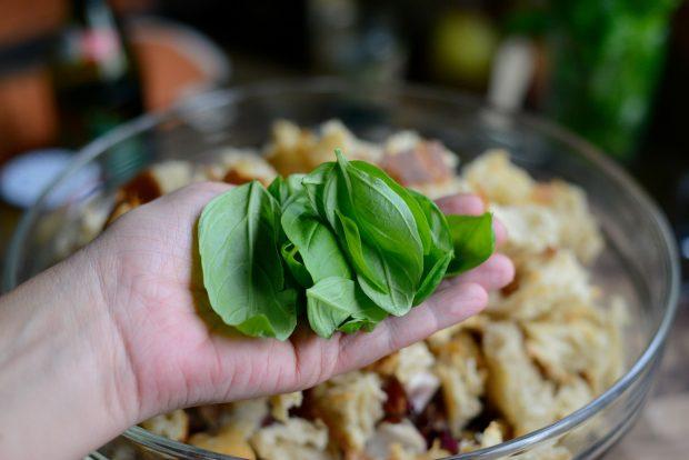 Grilled Radicchio, Bell Pepper + Olive Panzanella l SimplyScratch.com (20)