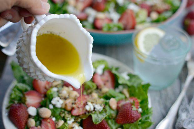 Strawberry + Goat Cheese Salad with Crispy Fried Quinoa l SimplyScratch.com (24)