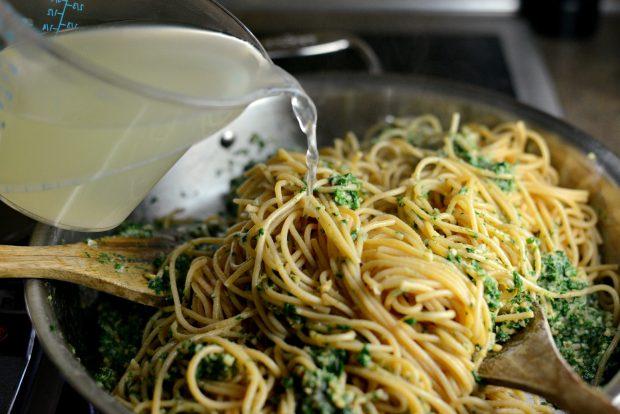 Whole Wheat Spaghetti with Zucchini + Spinach Almond Pesto Sauce l SimplyScratch.com (28)
