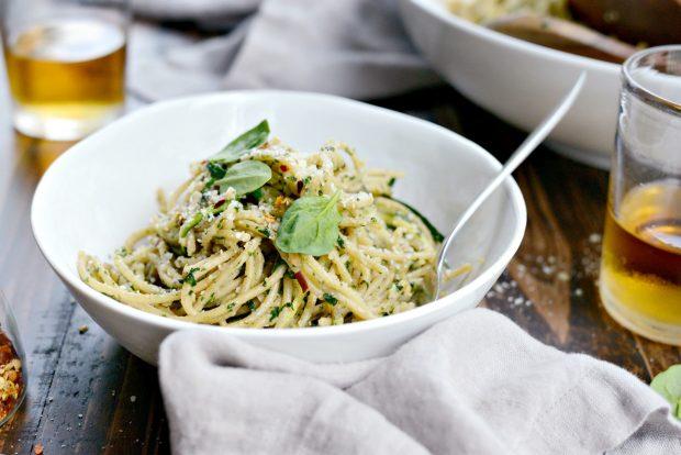 Whole Wheat Spaghetti with Zucchini + Spinach Almond Pesto Sauce l SimplyScratch.com (41)