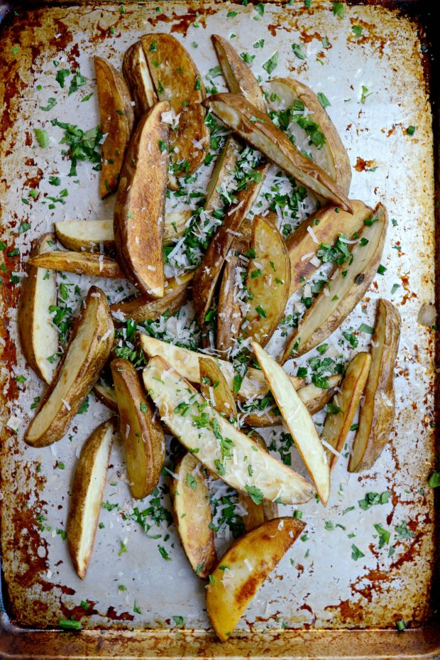 Garlic, Parmesan + Fresh Herb Oven Fries l SimplyScratch.com (2)