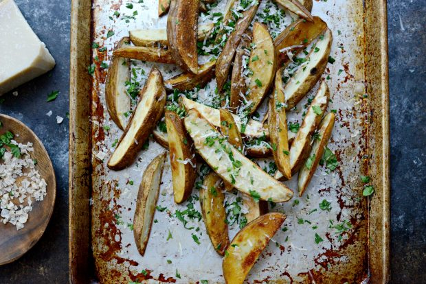 Garlic, Parmesan + Fresh Herb Oven Fries l SimplyScratch.com (6)