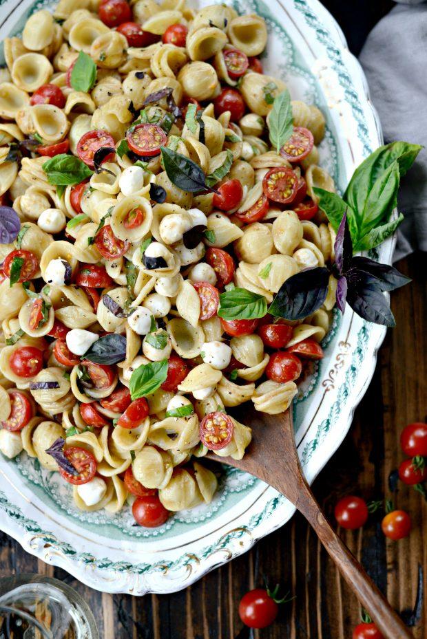 Caprese Pasta Salad l SimplyScratch.com (12)