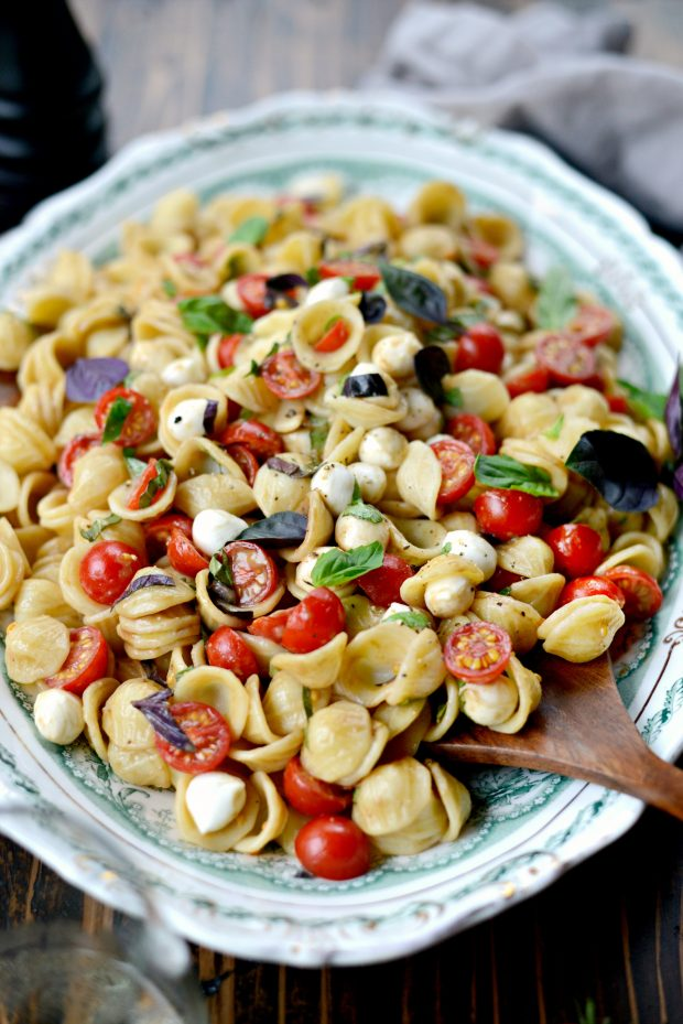Caprese Pasta Salad l SimplyScratch.com (9)