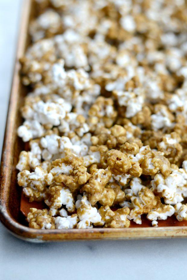 Homemade Caramel Corn l SimplyScratch.com (6)