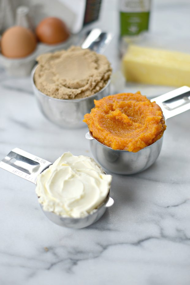 pumpkin-coffee-cake-with-hazelnut-streusel-l-simplyscratch-com-2