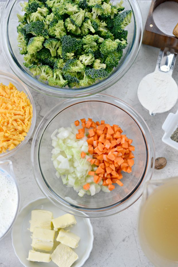 one-pot-broccoli-cheddar-soup-l-simplyscratch-com-1