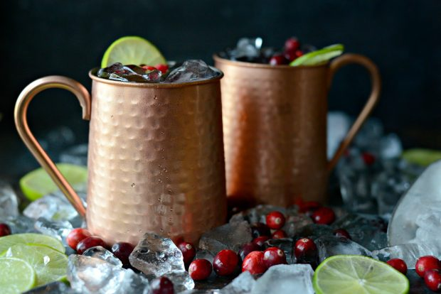 Cranberry Moscow Mules l SimplyScratch.com