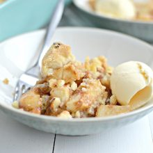 easy-apple-pear-crumble-l-simplyscratch-com-17