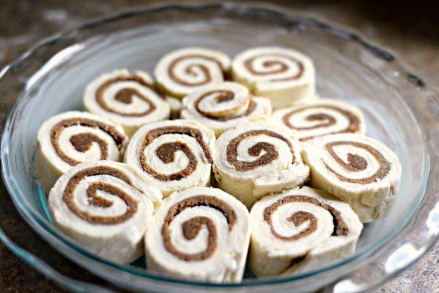 no-yeast-cinnamon-rolls-l-simplyscratch-com-4