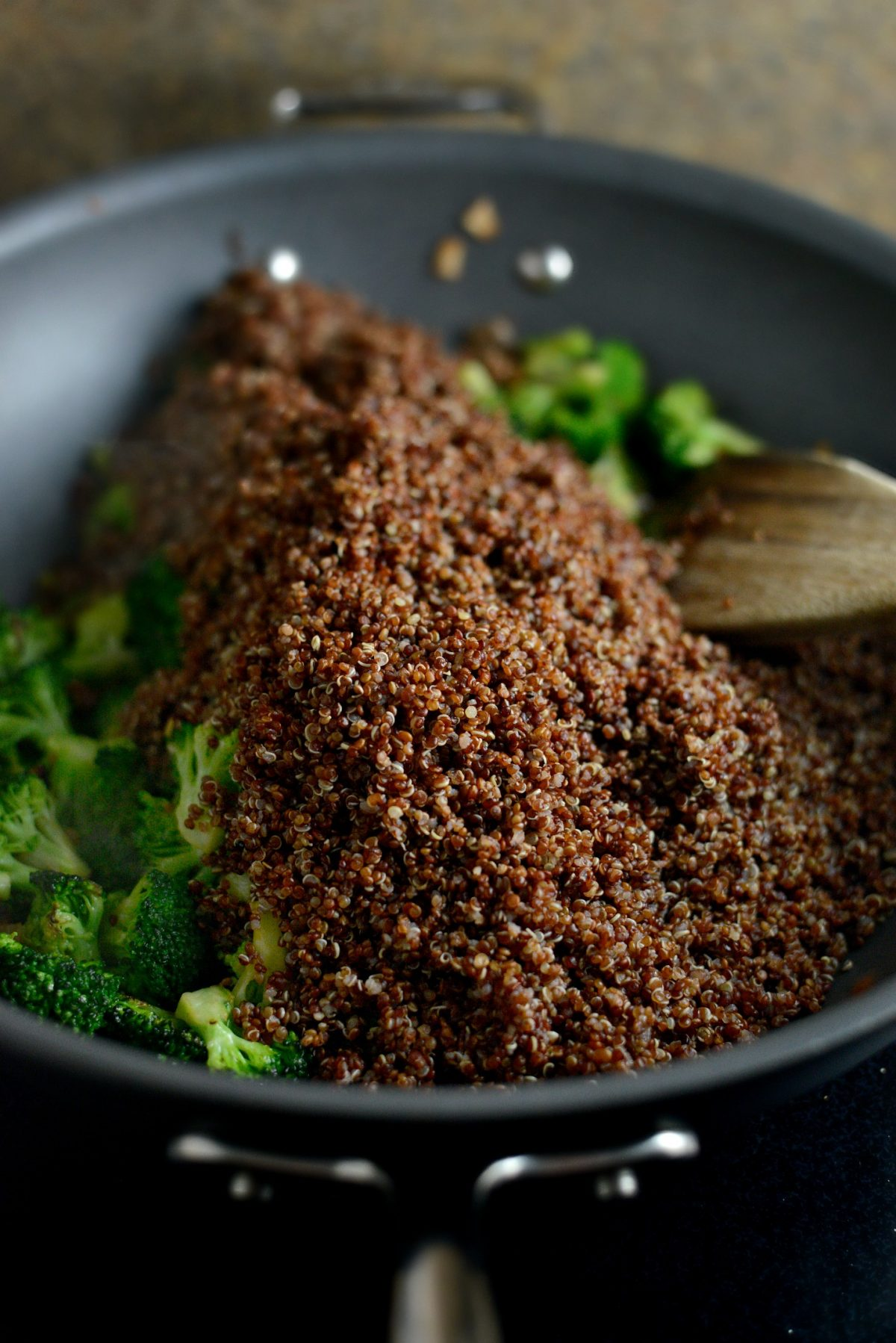 Lemon Broccoli Almond Quinoa l SimplyScratch.com
