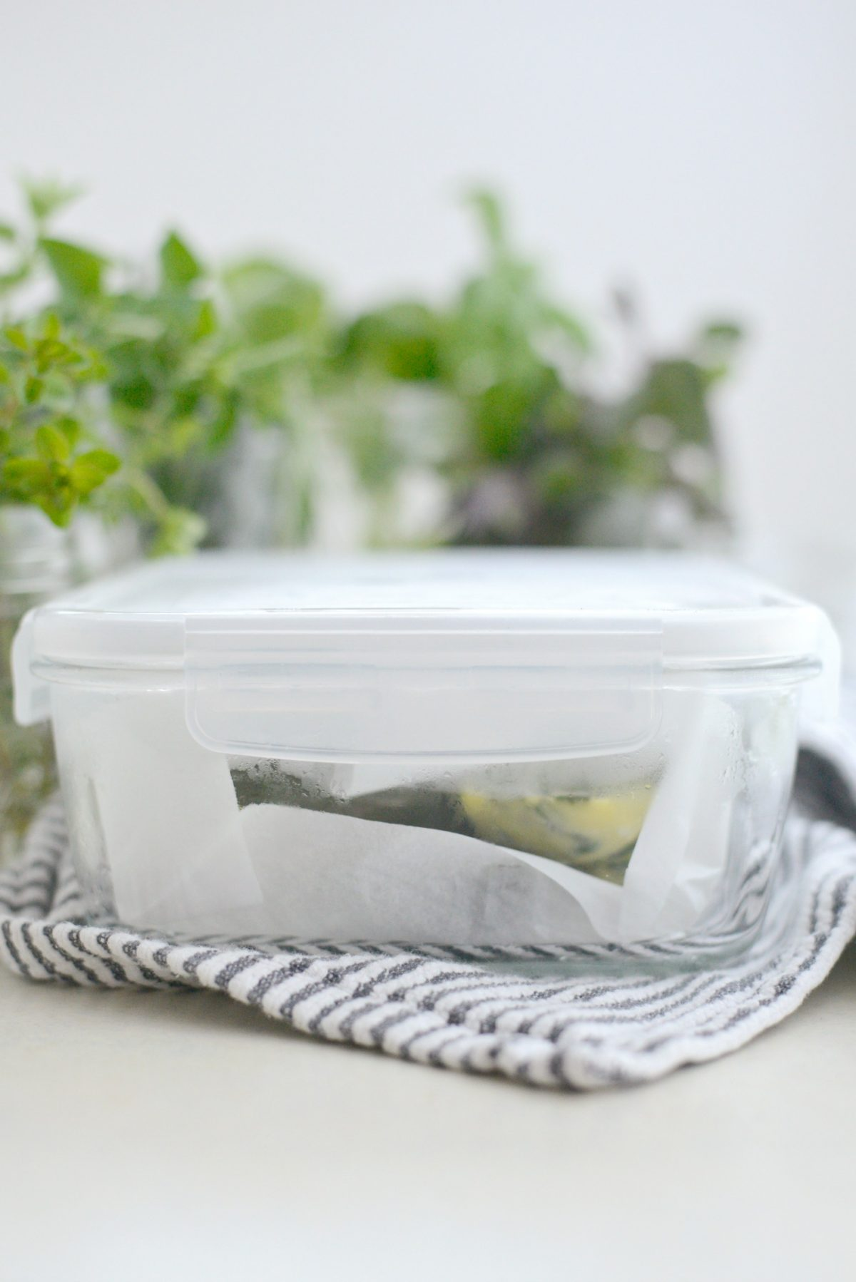 3 Ways to Freeze Herbs with Pampered Chef l SimplyScratch.com (23)