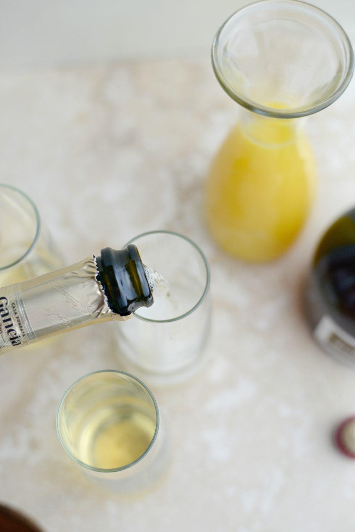 Classic Mimosa Recipe l SimplyScratch.com (3)
