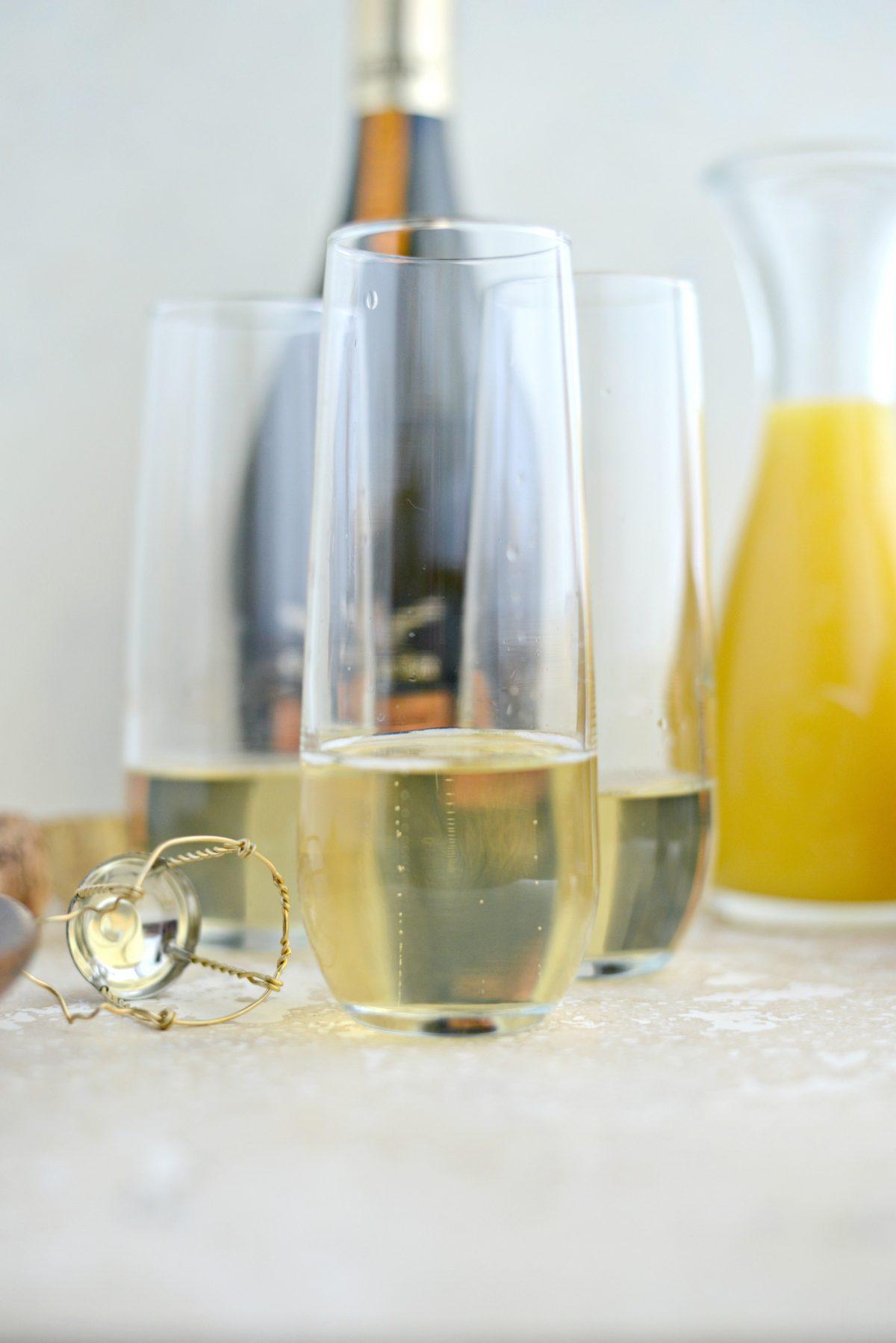 Classic Mimosa Recipe l SimplyScratch.com (4)