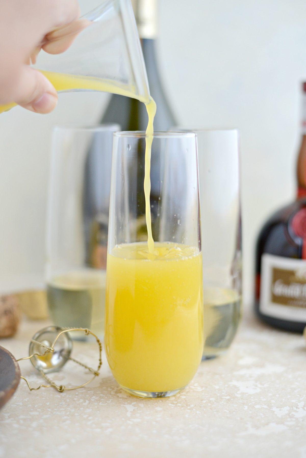 Classic Mimosa Recipe l SimplyScratch.com (5)