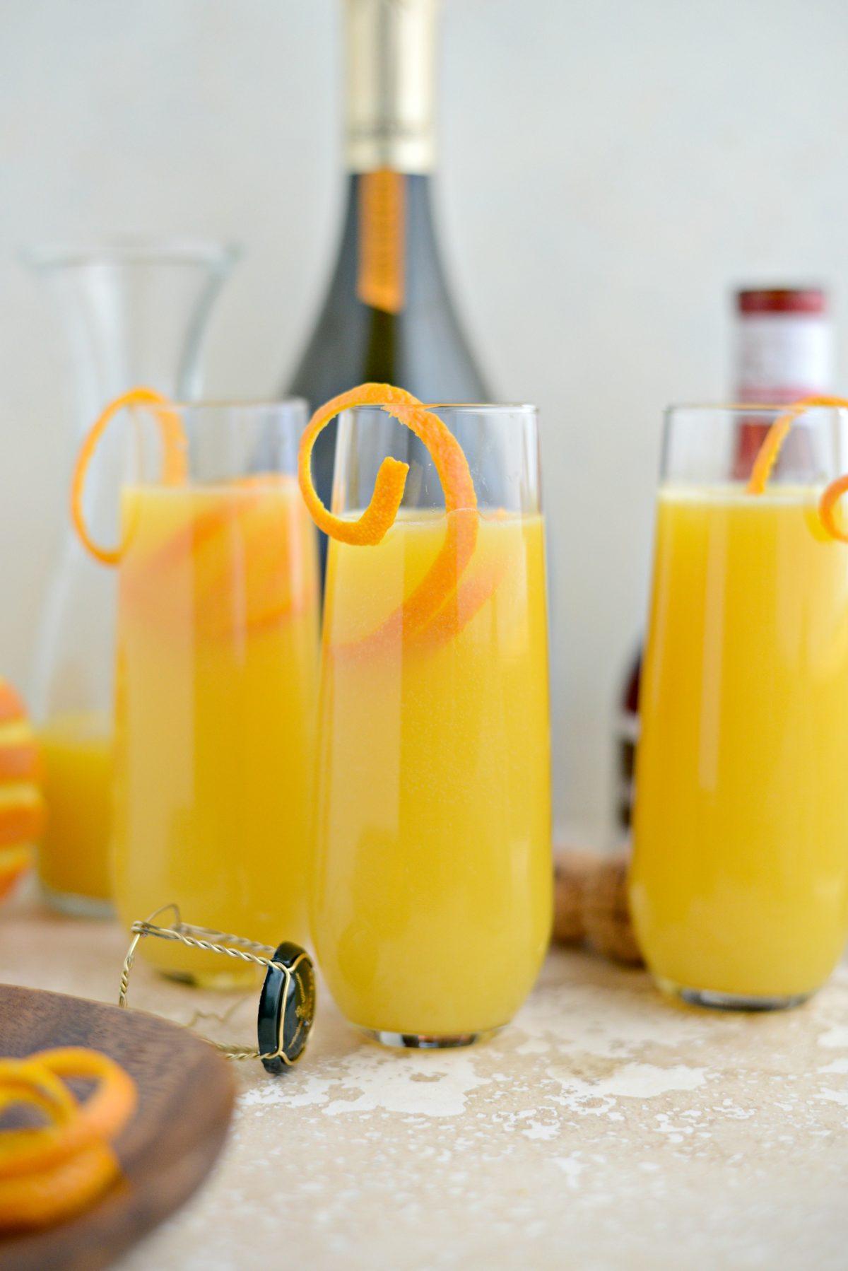 Classic Mimosa Recipe l SimplyScratch.com (7)