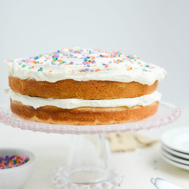 Easy Homemade White Cake with White Buttercream Frosting