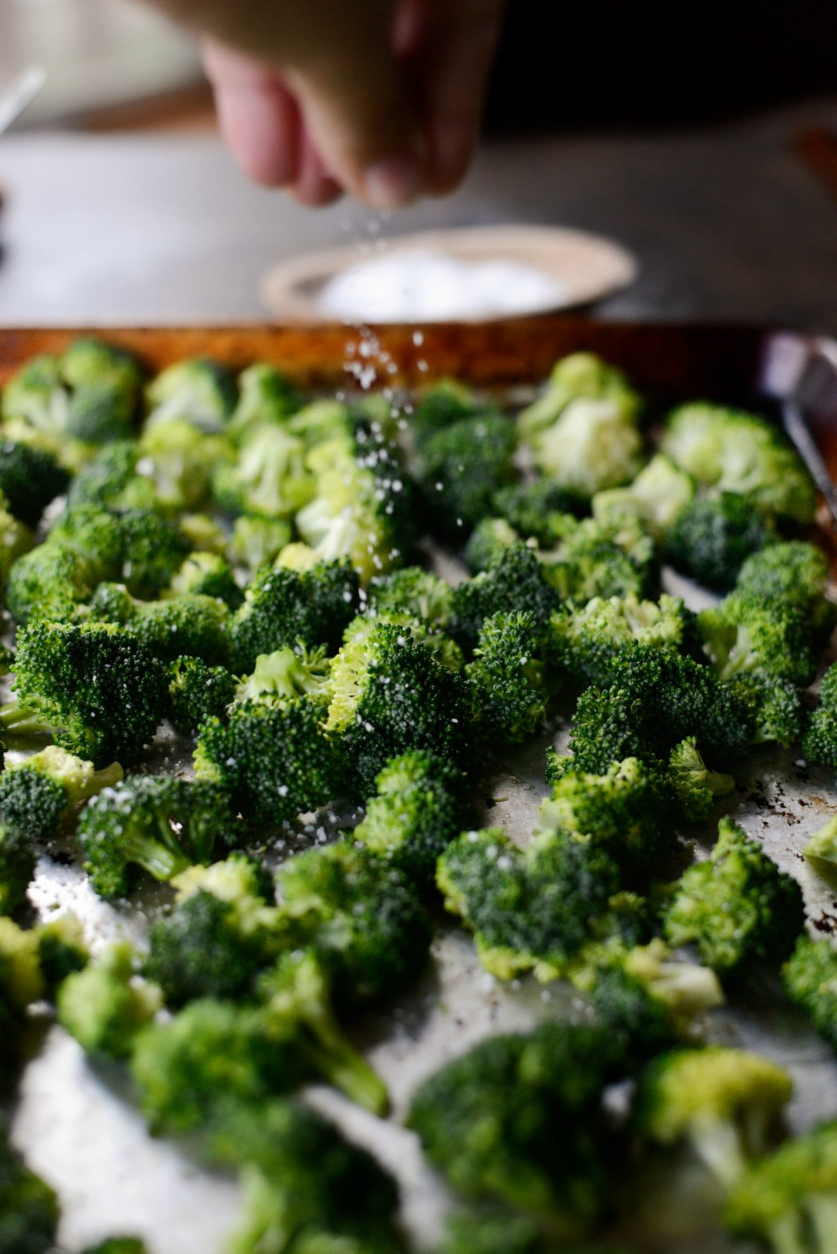 The Best 10-Minute Roasted Broccoli Recipe l SimplyScratch.com (10)
