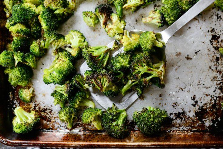 Best 10-Minute Roasted Broccoli Recipe